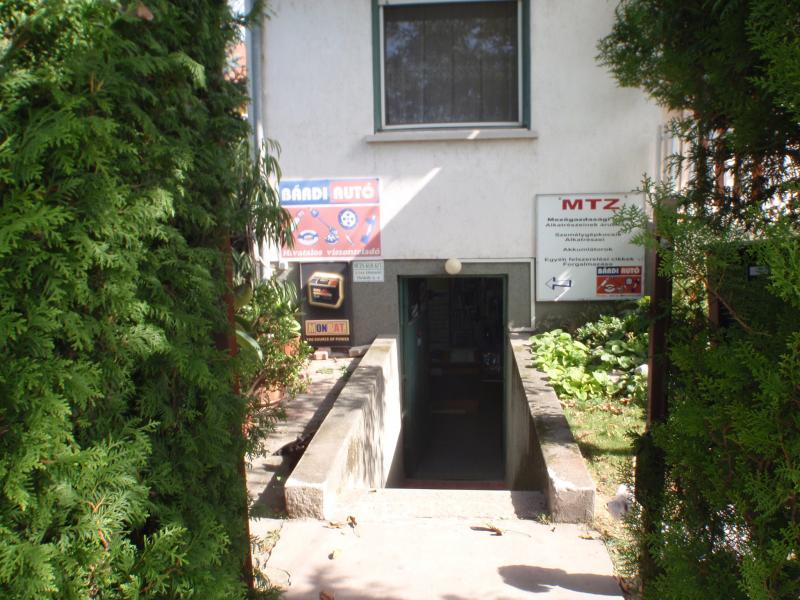 A bejárat